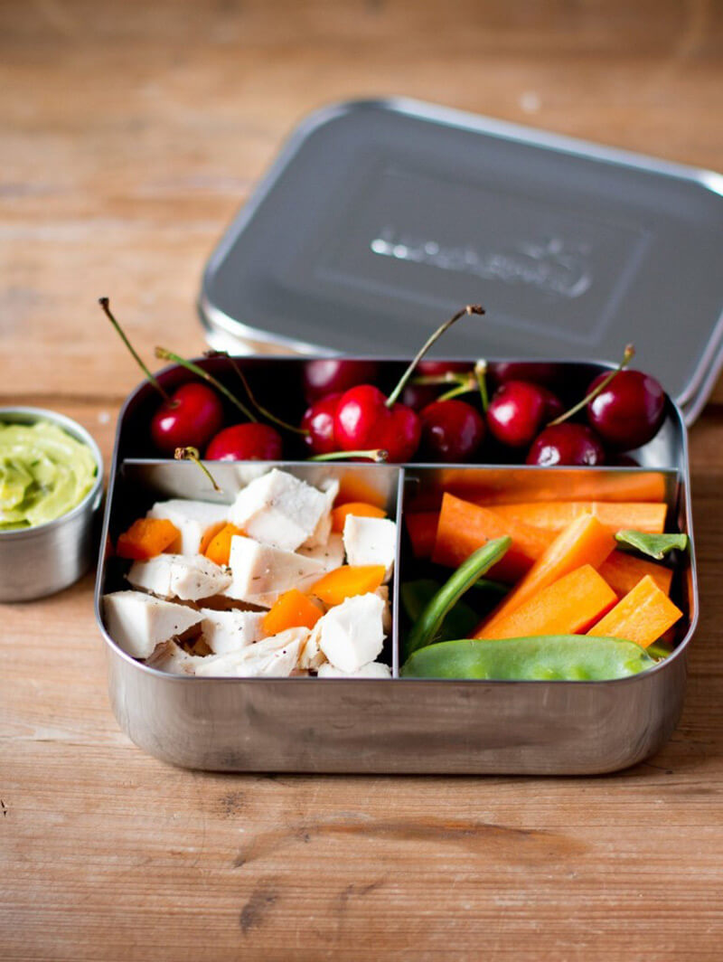 These step by step instructions will help you easily figure out how to pack a Paleo lunch!