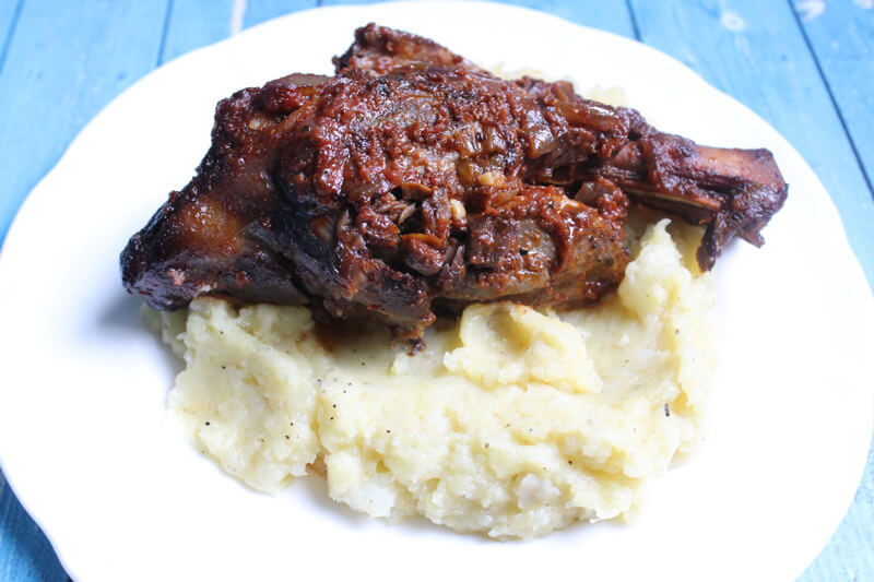 Delicious Slow Cooker Lamb Shank! I'm going to eat this slow cooker lamb shank several times a month. So many nutrients!