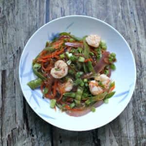 Kelp noodles with shrimp and veggies
