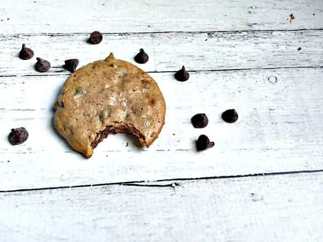 Soft, Chewy & Paleo Chocolate Chip Cookies
