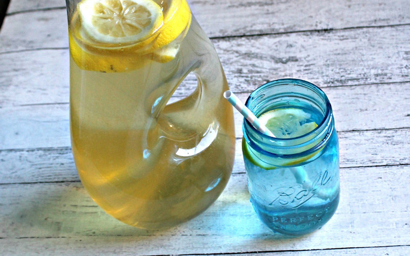 Gut-Healing-Wrinkle-Improving-Cellulite-Reducing-Lemonade