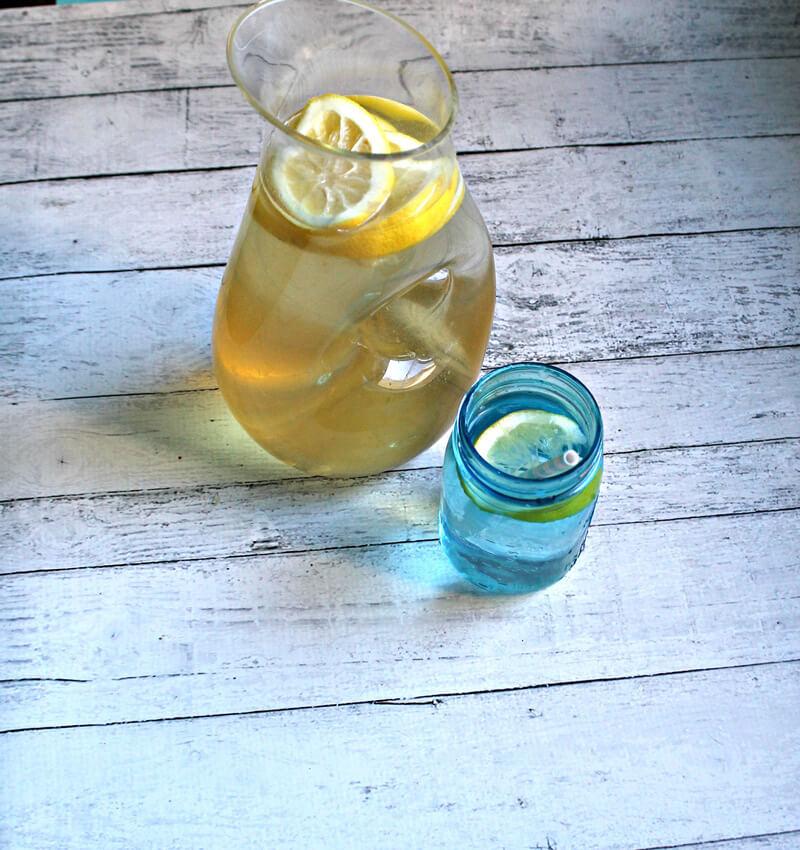 Gut Healing, Cellulite Improving, Wrinkle Reducing Lemonade