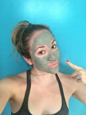 The Most Detoxifying DIY Face Mask For Clear, Glowing Skin